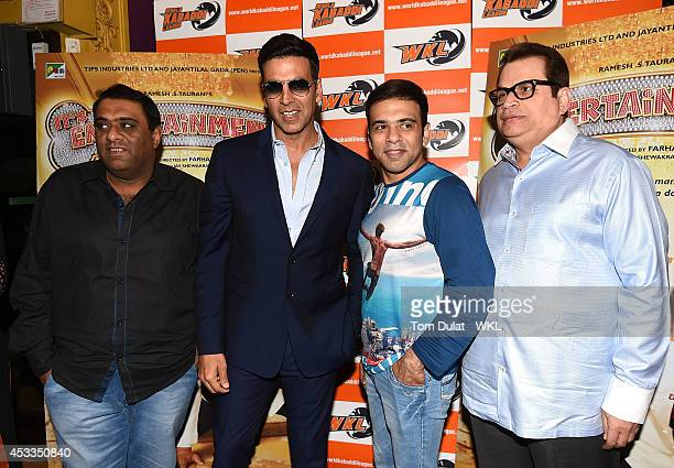 Akshay Kumar Bollywood actor and coowner of the Khalsa Warriors Team with Wave WKL at the World Premiere of 'Entertainment' at Cineworld on August 8...
