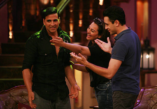 AUGUST 01 Akshay Kumar Imran Khan and Sonakshi Sinha on the sets of Comedy Nights for the promotion of Once Upon a Time in Mumbaai 2 on 1st August...
