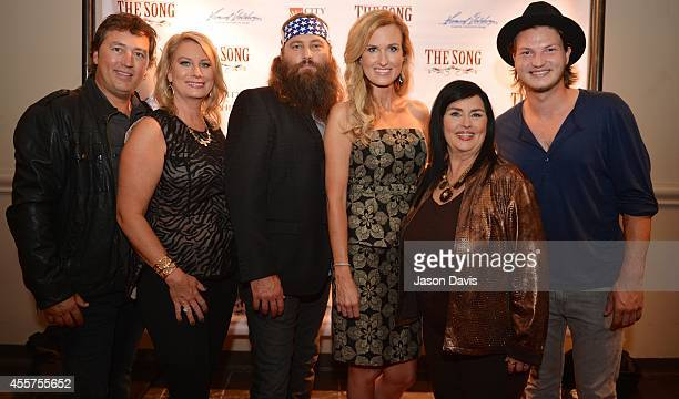 Al and Lisa Robertson Willie and Korie Robertson and Kay Robertson arrive at The Song Movie premier at Franklin Theatre on September 19 2014 in...