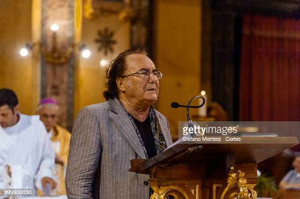 Al Bano Carrisi sings the Ave Maria during the solemn Celebration in honor of Madonna del Carmine in the church of Santa Maria in Traspontina at Via...