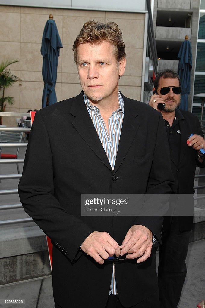 """You Kill Me"" Los Angeles Premiere - Red Carpet"