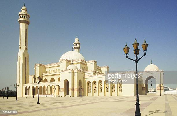 al fateh mosque manama - manama stock pictures, royalty-free photos & images