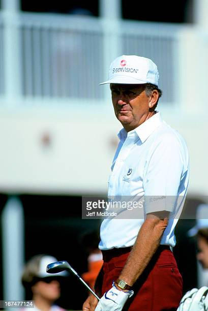 Al Geiberger during the 51st Senior PGA Championship held at the PGA National Golf Club in Palm Beach Gardens Florida April 1215 1990