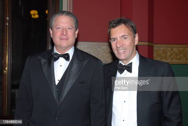 Al Gore and entrepreneur Duncan Bannatyne at an event in London, 2007.
