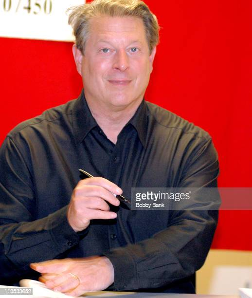 """Al Gore during Al Gore signs copies of his new book """"An Inconvenient Truth"""" - July 17, 2006 at Bookends Bookstore in Ridgewood, New Jersey, United..."""
