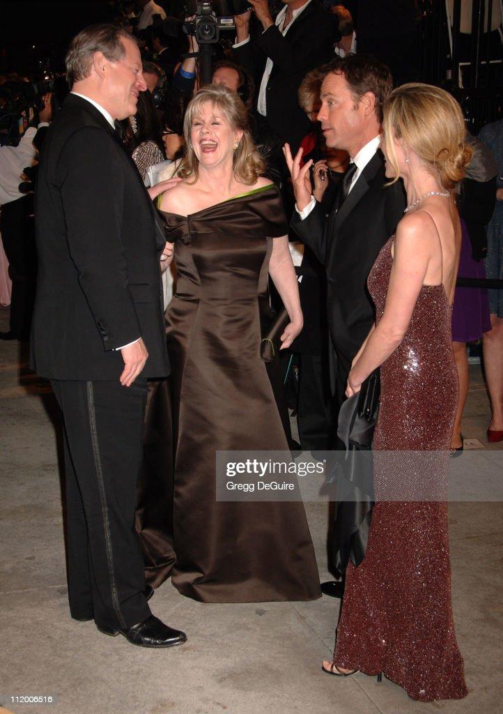 2007 Vanity Fair Oscar Party Hosted by Graydon Carter - Arrivals : News Photo