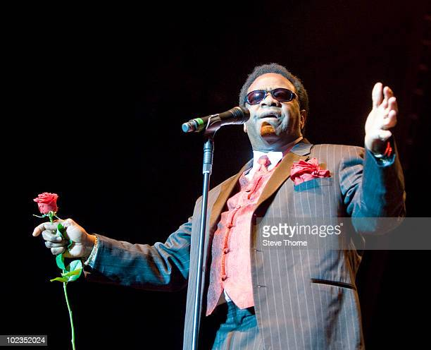 Al Green performs on stage at the LG Arena on June 23, 2010 in Birmingham, England.