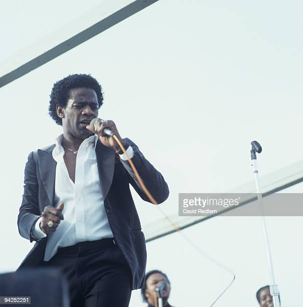 Al Green performs on stage at the New Orleans Jazz and Heritage Festival in New Orleans, Louisiana on May 01, 1983.