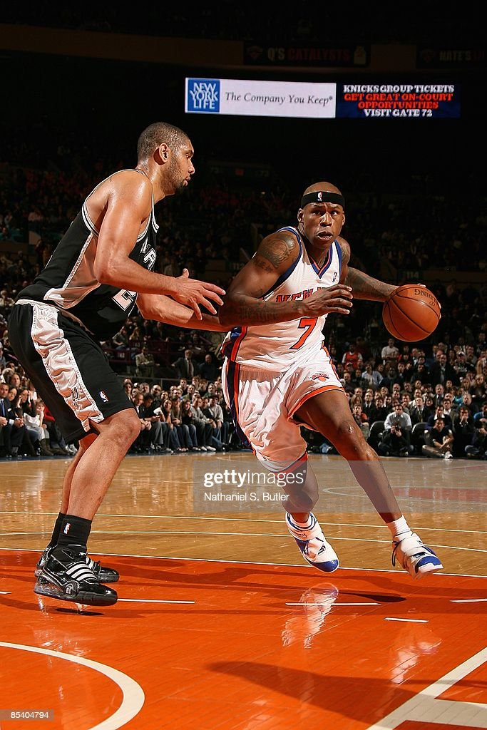 Al Harrington #7 of the New York Knicks drives the ball against Tim Duncan #21 of the San Antonio Spurs during the game on February 17, 2009 at Madison Square Garden in New York City. The Knicks won 112-107.