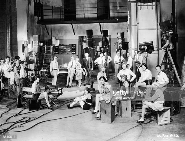 Al Jolson the stage name of Asa Yoelson the JewishAmerican singer and entertainer on set during the filming of the first talking movie 'The Jazz...