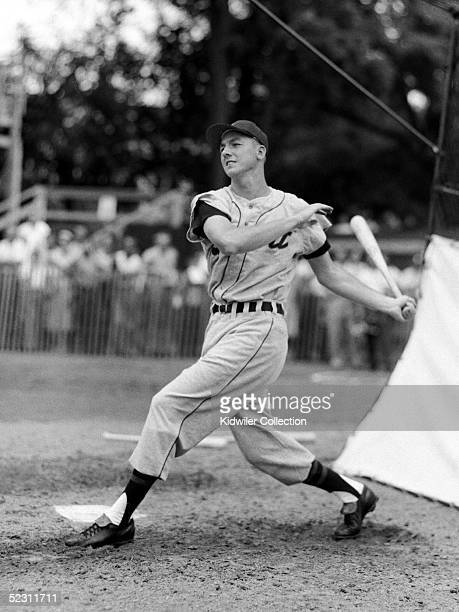 Al Kaline of the Detroit Tigers takes batting practice prior to the annual Hall of Fame Game on July 23 1956 at Doubleday Field in Cooperstown New...