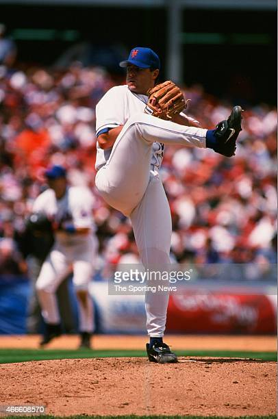 Al Leiter of the New York Mets pitches against the Philadelphia Phillies at Shea Stadium on May 28 2001 in the Flushing neighborhood of the Queens...