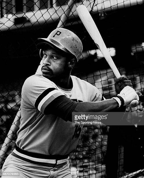 Al Oliver of the Pittsburgh Pirates bats circa 1970s