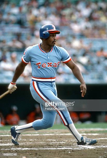 Al Oliver of the Texas Rangers bats against the Baltimore Orioles during an Major League Baseball game circa 1980 at Memorial Stadium in Baltimore...