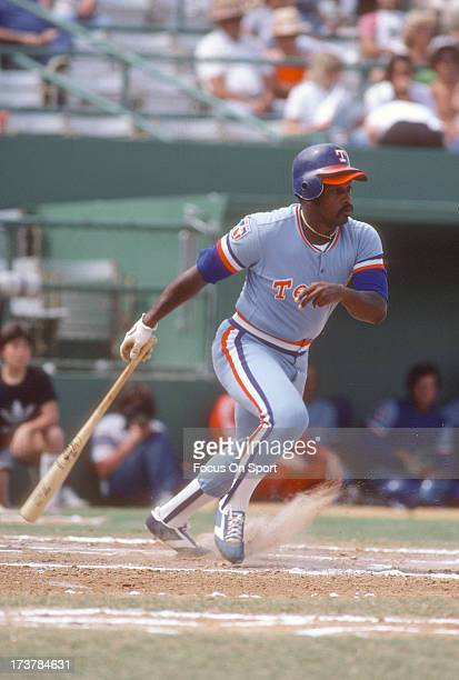 Al Oliver of the Texas Rangers bats during an Major League Baseball game circa 1981 Oliver played for the Rangers from 197881