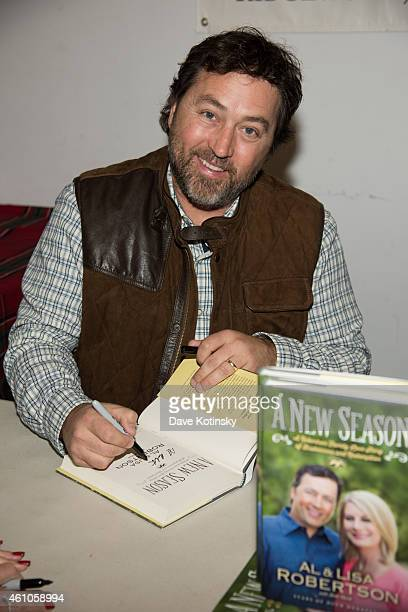 Al Robertson Sign Copies Of Their Book A New Season at Bookends Bookstore on January 5 2015 in Ridgewood New Jersey