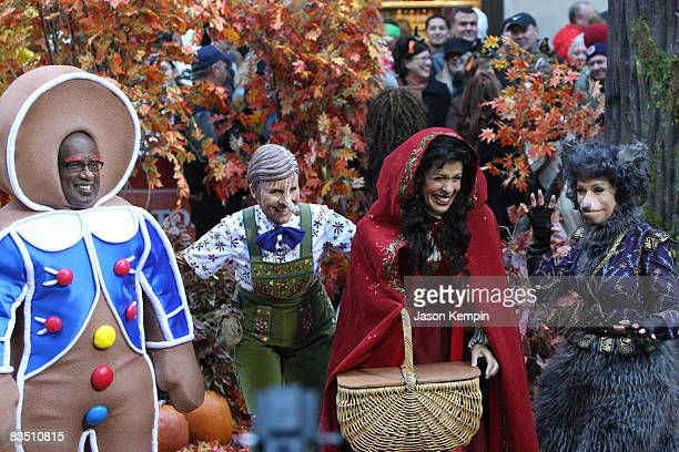 """Al Roker, Meredith Vieira, Hoda Kotb and Kathie Lee Gifford celebrate Halloween on NBC's """"Today"""" at Rockefeller Plaza on October 31, 2008 in New York..."""