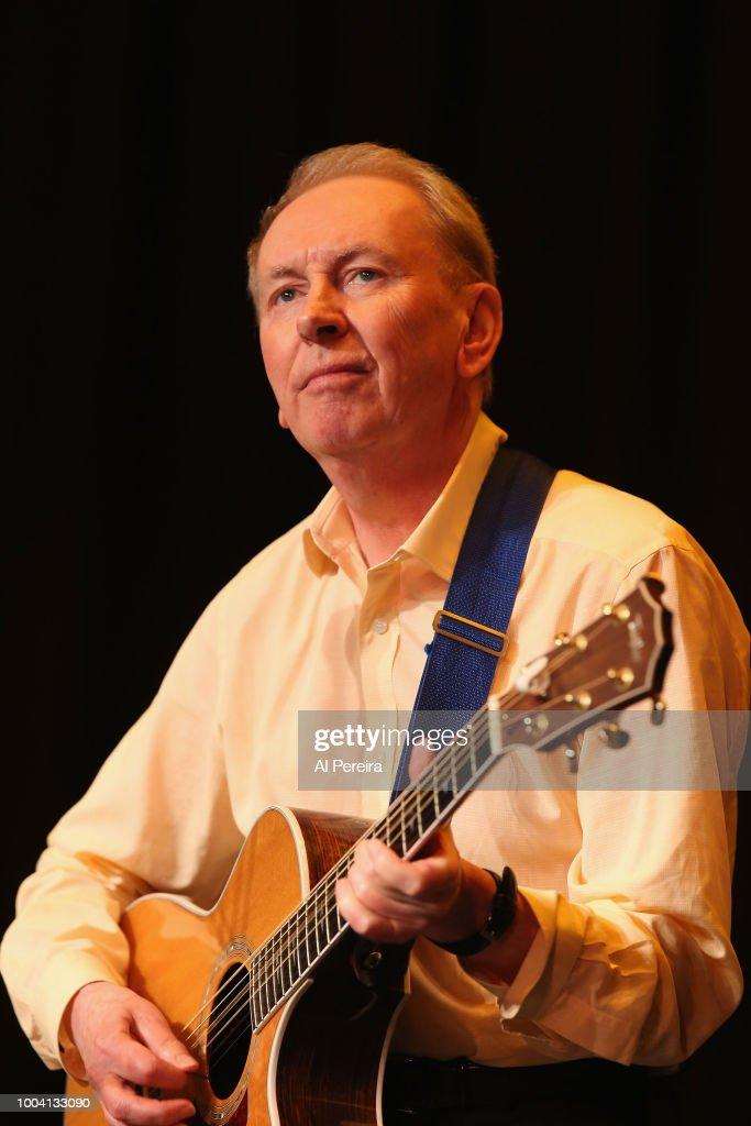 Al Stewart In Concert - Bayshore, NY