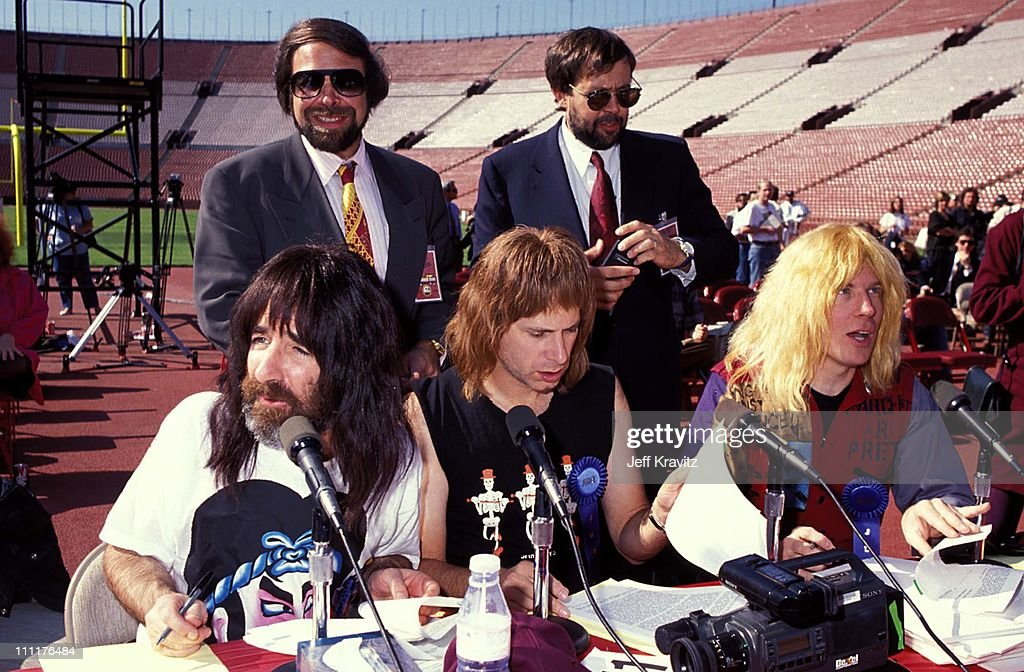 Al Teller, Richard Palmieri, Harry Shear, Chris Guest and Michael McKean of Spinal Tap