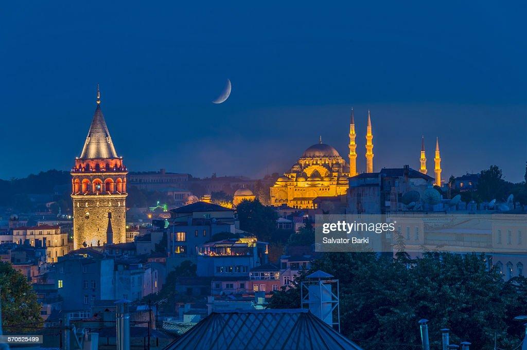 Ala ower & The Suleymaniy Mosque : Stock Photo