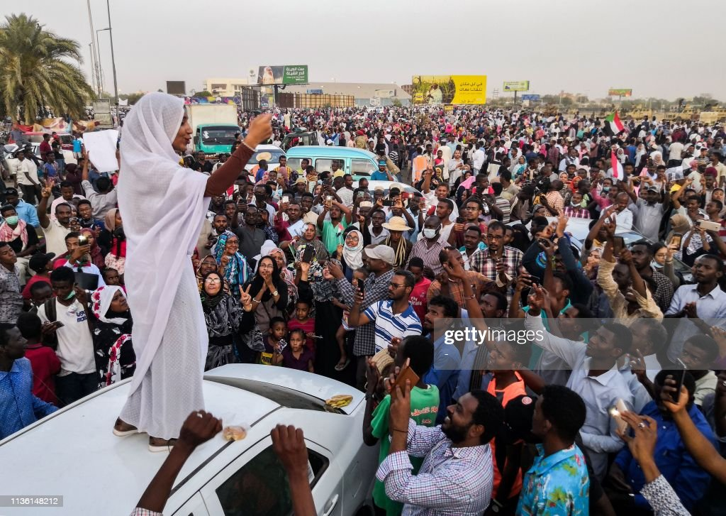 TOPSHOT-SUDAN-UNREST-DEMO : News Photo