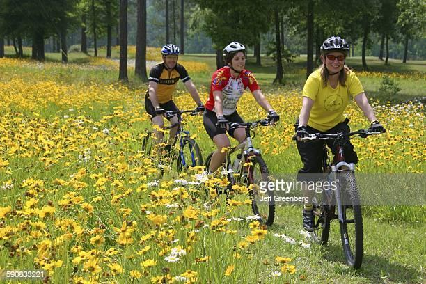 Alabama, Birmingham, Oak Mountain State Park, Mountain Bicycling.
