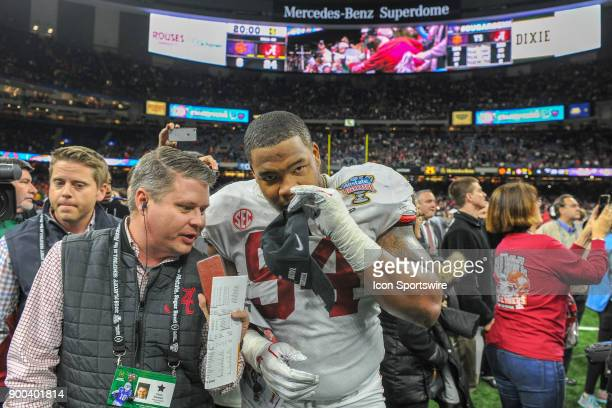 Alabama Crimson Tide defensive lineman Da'Ron Payne is interviewed following the College Football Playoff Semifinal at the Allstate Sugar Bowl...