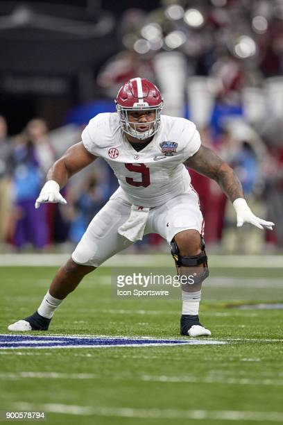 Alabama Crimson Tide defensive lineman Da'Shawn Hand runs to make a tackle during the College Football Playoff Semifinal at the Allstate Sugar Bowl...