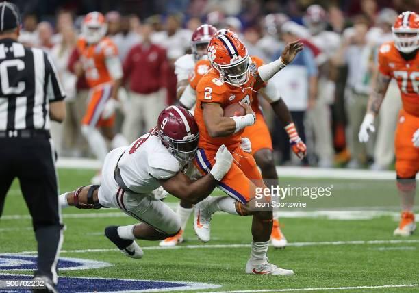 Alabama Crimson Tide defensive lineman Da'Shawn Hand sacks Clemson Tigers quarterback Kelly Bryant during the College Football Playoff Semifinal at...