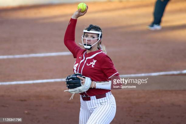 Alabama Crimson Tide Montana Fouts throws the ball during a college softball game between the Alabama Crimson Tide and the Arizona Wildcats on...