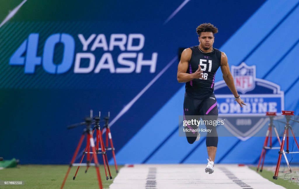 Alabama defensive back Minkah Fitzpatrick (DB51) runs the 40 yard dash during the NFL Scouting Combine at Lucas Oil Stadium on March 5, 2018 in Indianapolis, Indiana.