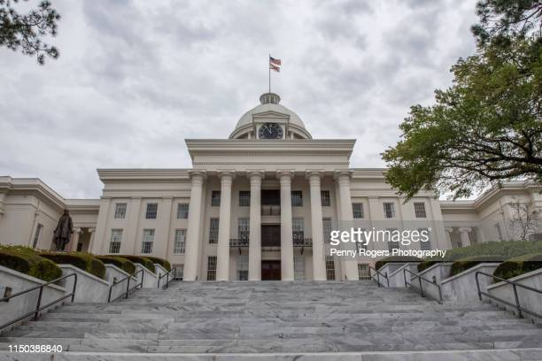 alabama state capitol building - アラバマ州 ストックフォトと画像