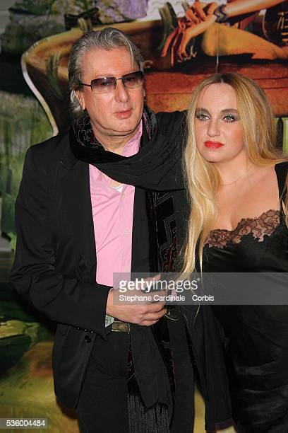 Alain Bashung with date attend the premiere of the film 'Arthur et les Minimoys' held in Paris