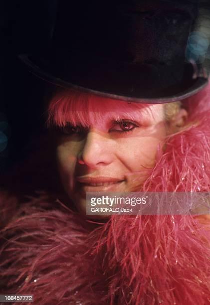Alain Bernardin In His Cabaret The Crazy Horse Saloon. Paris - janvier 1973 - Au cabaret le 'Crazy Horse Saloon', portrait de la danseuse LOVA MOOR...