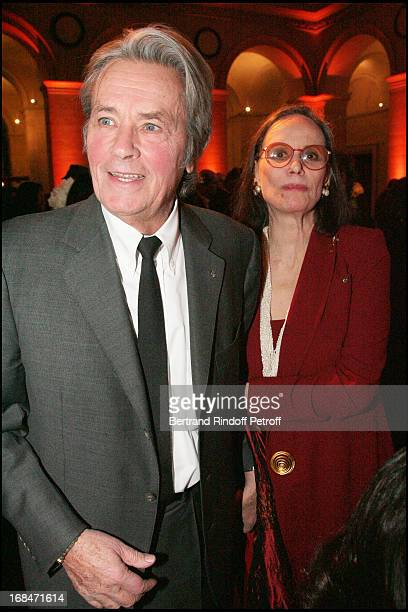Alain Delon and Claudine Auger at The Gala Scopus Award 2007 Organised By L' Universite Hebraique De Jerusalem At Palais Brongniart