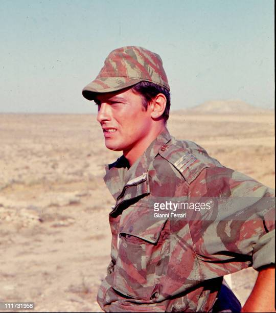 Alain Delon during a break in the filming of the movie 'Los Centuriones' directed by Mark Robson Almeria Spain