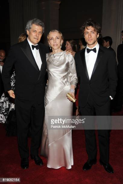 Alain Elkann Franca Sozzani and Francesco Carrozzini attend THE METROPOLITAN MUSEUM OF ART'S Spring 2010 COSTUME INSTITUTE Benefit Gala at THE...