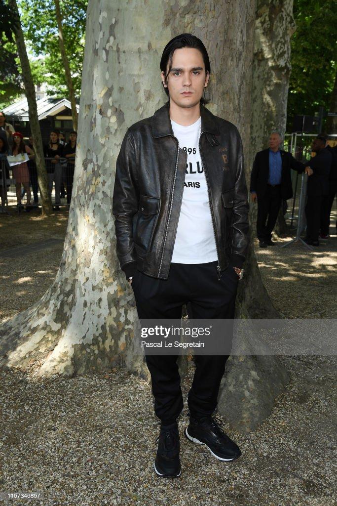 Berluti : Front Row - Paris Fashion Week - Menswear Spring/Summer 2020 : News Photo