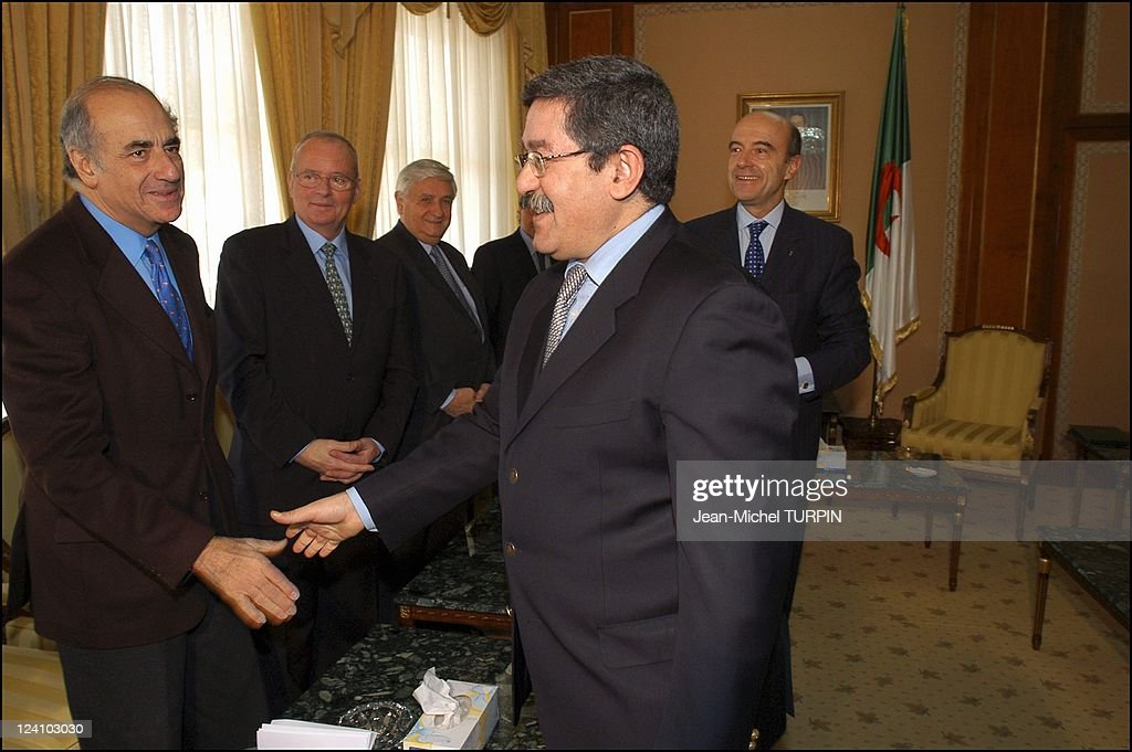 Alain Juppe In Algeria To Sign A Twinning And Cooperating Agreement Between Bordeaux And Oran, Algeria On December 07, 2003. : News Photo