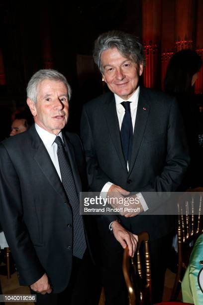 Alain Minc and Thierry Breton attend 'Societe des Amis du Musee D'Orsay' Dinner at Musee d'Orsay on September 24 2018 in Paris France