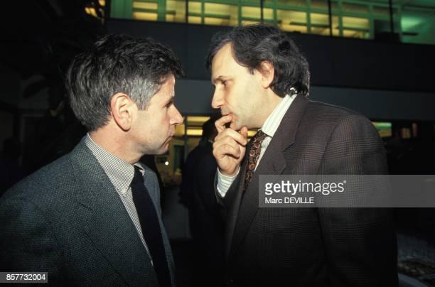 Alain Minc et JeanMarie Colombani lors de l'election a la direction du quotidien Le Monde le 4 mars 1994 a Paris France
