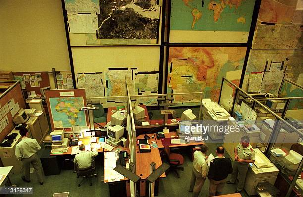 Alain Richard At Army Operations Center for a meeting on Kosovo On March 24th 1999 In ParisFrance