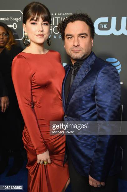 Alaina Meyer and Johnny Galecki attend the 24th annual Critics' Choice Awards at Barker Hangar on January 13 2019 in Santa Monica California