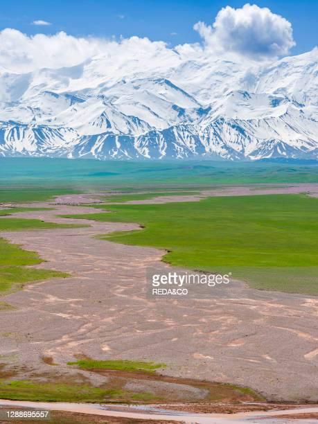 Alaj valley and the Trans - Allay mountain range in the Pamir mountains. Asia, Central Asia, Kyrgyzstan.