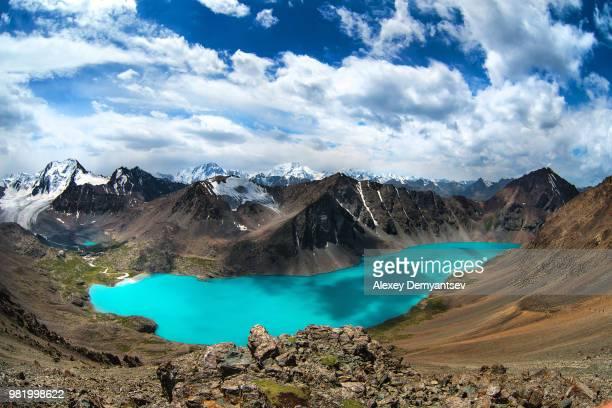 alakol lake, tian shian - カザフスタン ストックフォトと画像