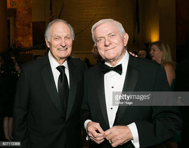 Alan Alda and Phil Donahue attend old Spring Harbor Laboratory's Double Helix Medals at American Museum of Natural History on December 1 2016 in New...