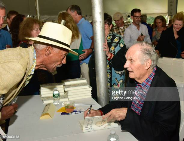 Alan Alda attends Authors Night 2017 At The East Hampton Library at The East Hampton Library on August 12 2017 in East Hampton New York
