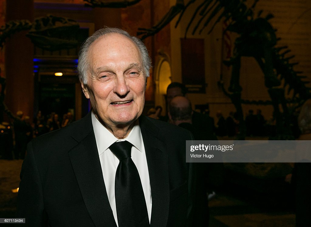 Alan Alda attends old Spring Harbor Laboratory's Double Helix Medals at American Museum of Natural History on December 1, 2016 in New York City.