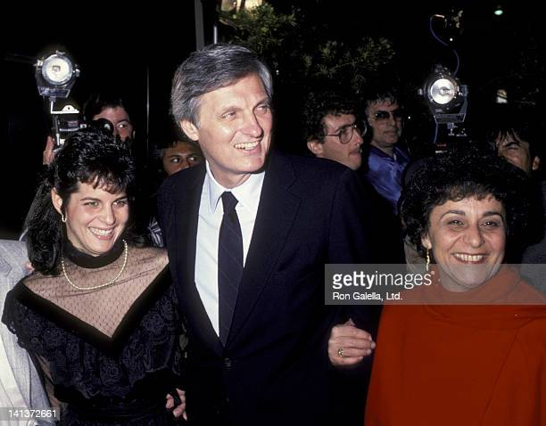 Alan Alda wife Arlene Weiss and daughter Elizabeth Alda attend the premiere of 'Sweet Liberty' on April 22 1986 at the Academy Theater in Beverly...