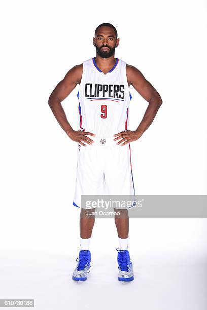 Alan Anderson of the Los Angeles Clippers poses for a portrait during the 20162017 Los Angeles Clippers Media Day on September 26 2016 at the Los...